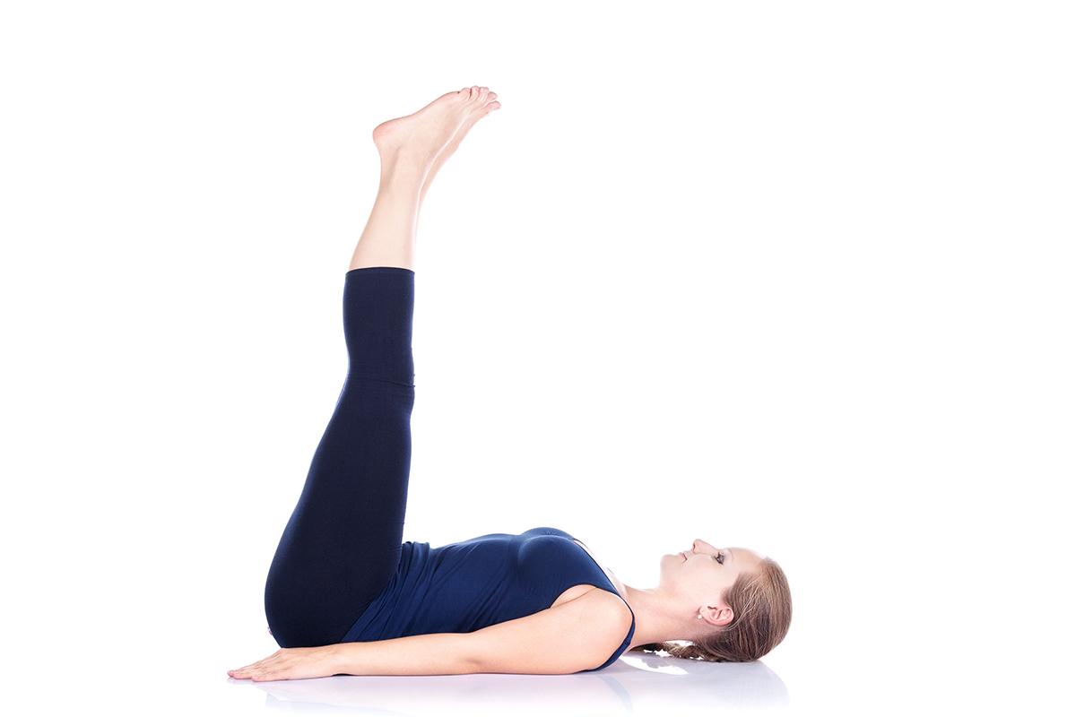 下半身のストレッチと腹筋トレーニング